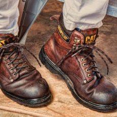 Munkavédelmi lábbelik, bakancsok, cipők, papucsok, szandálok